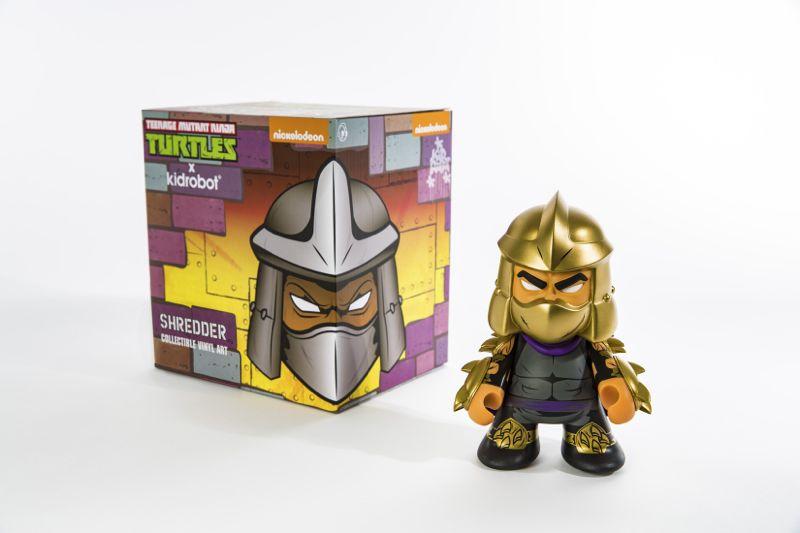 SDCC 2016_Nick_Kidrobot Shredder Box and Figure