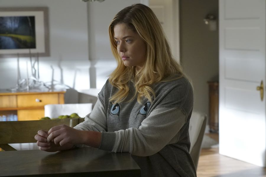 """PRETTY LITTLE LIARS - """"Along Comes Mary"""" - A mutual enemy draws two of the Liars' adversaries together to stir up trouble in """"Along Comes Mary,"""" an all-new episode of Freeform's hit original series """"Pretty Little Liars,"""" airing TUESDAY, JULY 19 (8:00-9:00 p.m. EDT). (Freeform/Byron Cohen) SASHA PIETERSE"""