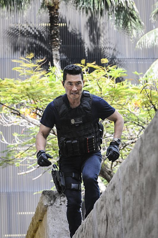 """""""Makaukau 'oe e Pa'ani?"""" - When the bodies of two serial killers are found on Five-0 property with chess pieces in their mouths, McGarrett and the team hunt for a vigilante as fear grows that tourists aren't safe in Hawaii, on the seventh season premiere of HAWAII FIVE-0, Friday, Sept. 23 (9:00-10:00, ET/PT), on the CBS Television Network. Rosalind Chao guest stars as Governor Keiko Mahoe. Pictured: Daniel Dae Kim as Chin Ho Kelly. Photo: Norman Shapiro/CBS ©2016 CBS Broadcasting, Inc. All Rights Reserved"""