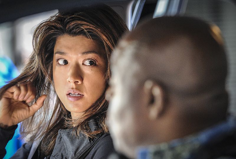 """""""Makaukau 'oe e Pa'ani?"""" - When the bodies of two serial killers are found on Five-0 property with chess pieces in their mouths, McGarrett and the team hunt for a vigilante as fear grows that tourists aren't safe in Hawaii, on the seventh season premiere of HAWAII FIVE-0, Friday, Sept. 23 (9:00-10:00, ET/PT), on the CBS Television Network. Rosalind Chao guest stars as Governor Keiko Mahoe. Pictured: Grace Park as Kono Kalakaua. Photo: Norman Shapiro/CBS ©2016 CBS Broadcasting, Inc. All Rights Reserved"""