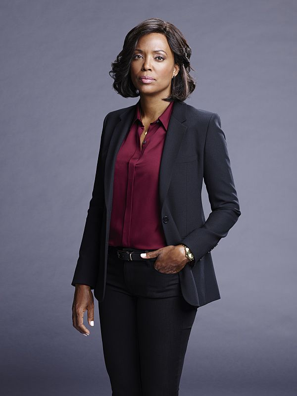 [Aisha Tyler]  Photo: Cliff Lipson/CBS © 2016 CBS Broadcasting Inc. All Rights Reserved.