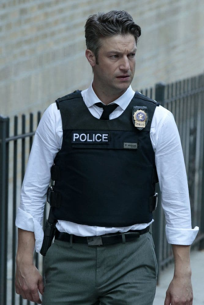 "LAW & ORDER: SPECIAL VICTIMS UNIT -- ""Terrorized"" Episode 1801 -- Pictured: Peter Scanavino as Dominick ""Sonny"" Carisi -- (Photo by: Giovanni Ruffino/NBC)"