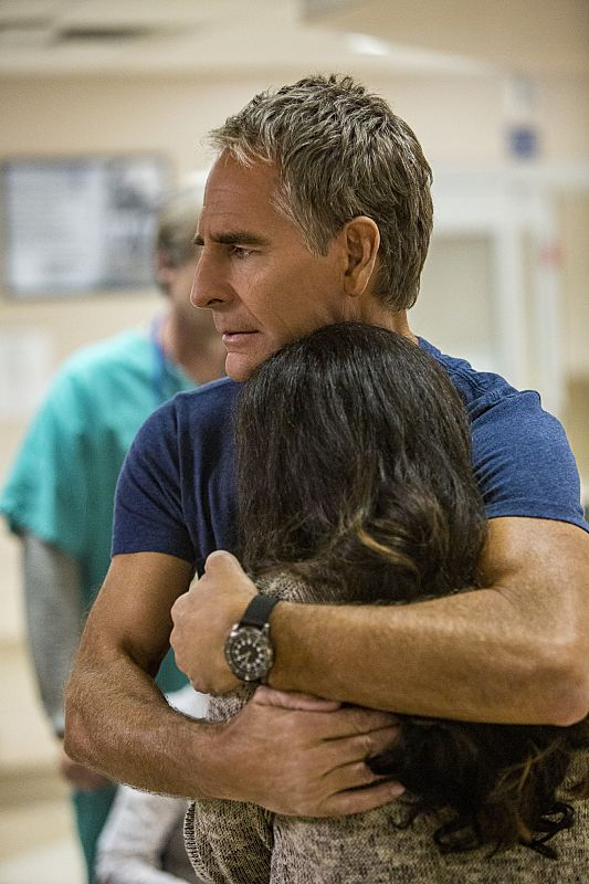 """""""Aftershocks"""" -- The NCIS team partners with several federal agencies to track a sniper who is targeting crowded events in the city. Also, FBI Special Agent Tammy Gregorio (new cast member Vanessa Ferlito) arrives to investigate Pride and his team, on the third season premiere of NCIS: New Orleans, Tuesday, Sept. 20 (10:00-11:00 PM, ET/PT), on the CBS Television Network. Pictured: Scott Bakula as Special Agent Dwayne Pride Photo: Skip Bolen/CBS ©2016 CBS Broadcasting, Inc. All Rights Reserved"""