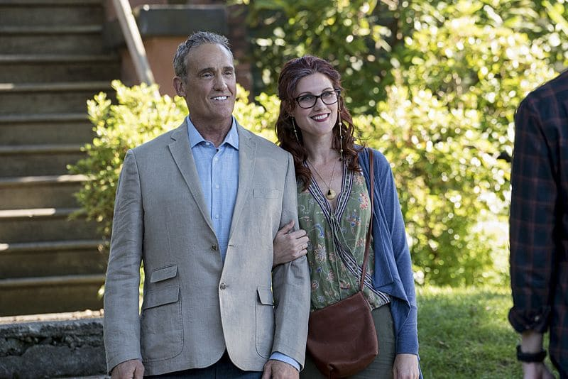 """The Flash -- """"Flashpoint"""" -- Image: FLA301a_0006b.jpg -- Pictured (L-R): John Wesley Shipp as Henry Allen and Michelle Harrison as Nora Allen -- Photo: Katie Yu/The CW -- © 2016 The CW Network, LLC. All rights reserved"""