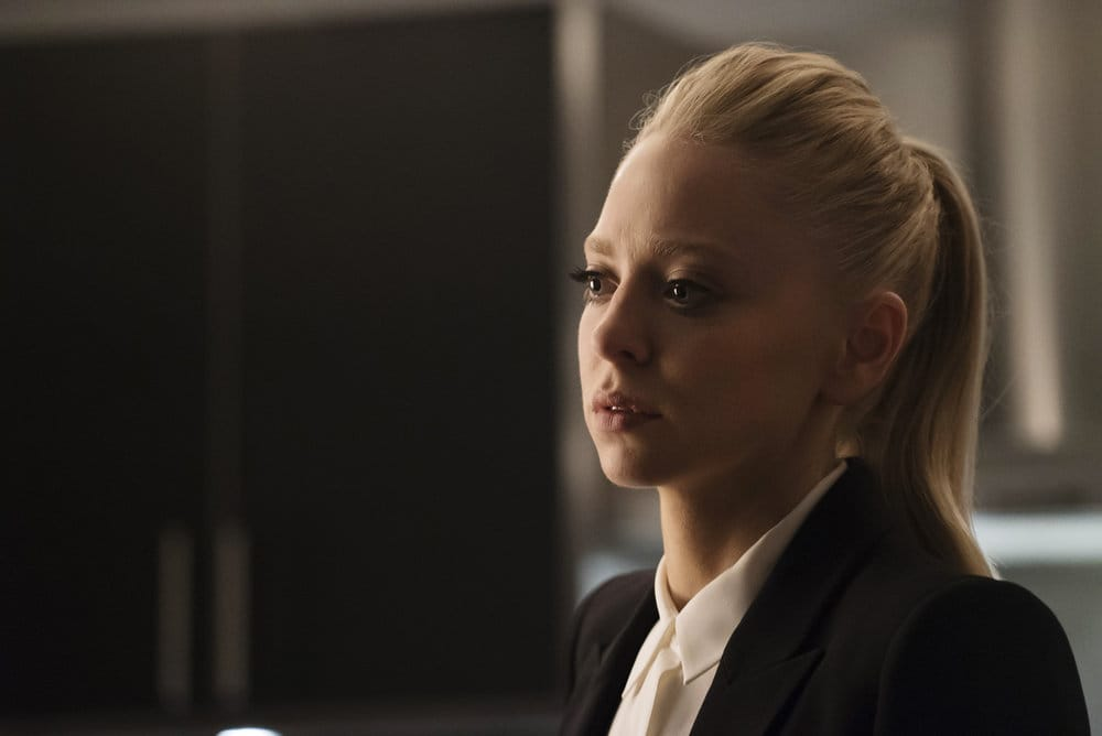 "MR. ROBOT -- ""eps2.7_init_5.fve"" Episode 209 -- Pictured: Portia Doubleday as Angela Moss -- (Photo by: Peter Kramer/USA Network)"