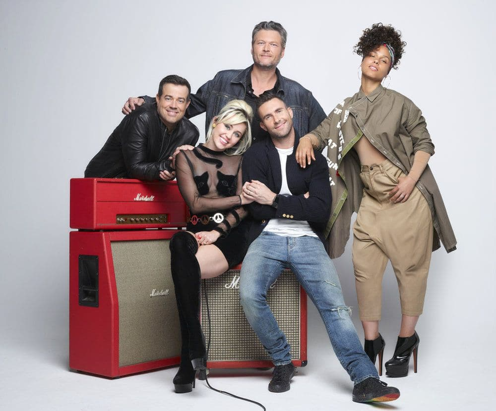 THE VOICE -- Season: 11 -- Pictured: (l-r) Carson Daly, Miley Cyrus, Blake Shelton, Adam Levine, Alicia Keys -- (Photo by: Michael Muller/NBC)