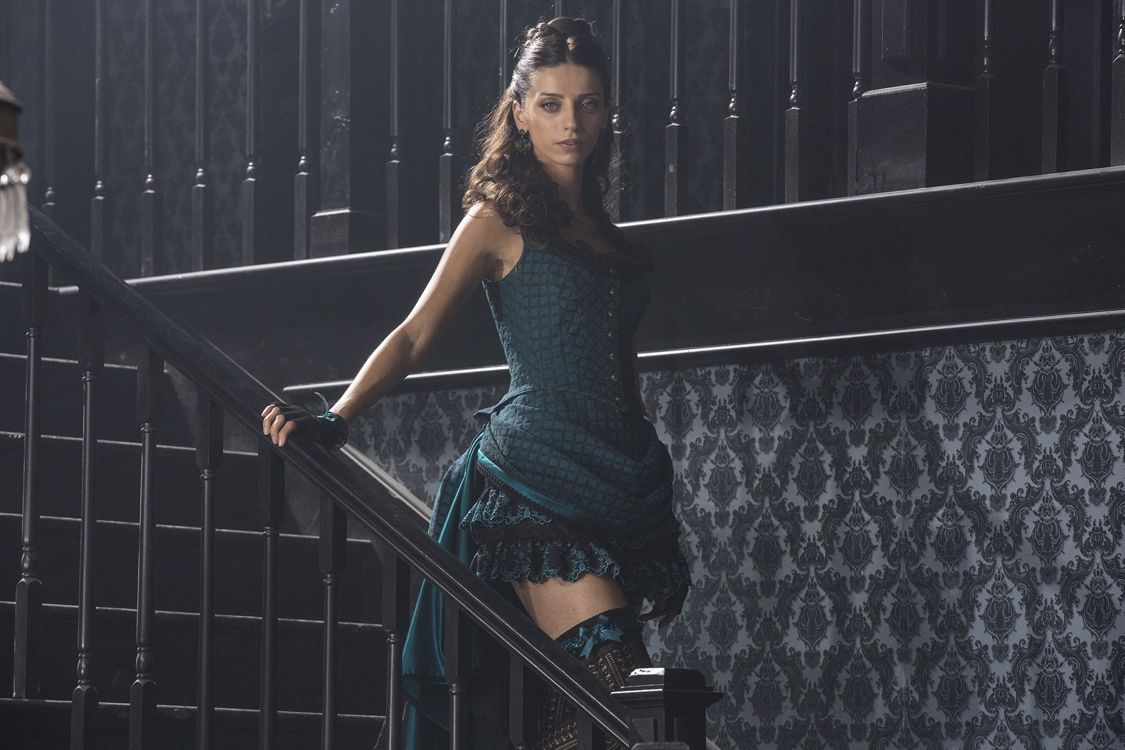 Angela Sarafyan as Clementine (Photo : John P. Johnson/HBO)