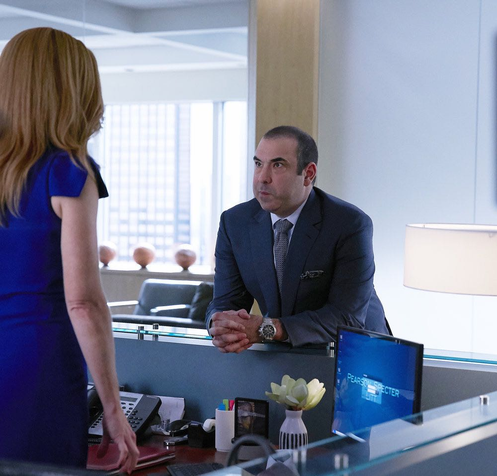 """SUITS -- """"Shake the Trees"""" Episode 607 -- Pictured: Rick Hoffman as Louis Litt -- (Photo by: Shane Mahood/USA Network)"""