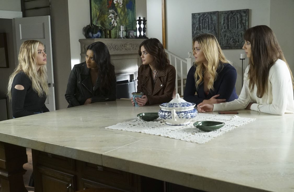 """PRETTY LITTLE LIARS - """"The Darkest Knight"""" - The PLLs confront old foes head-on and mayhem ensues in """"The Darkest Knight,"""" the summer finale of the hit original series """"Pretty Little Liars,"""" airing TUESDAY, AUGUST 30 (8:00-9:00 p.m. EDT). Fans can catch up on all of the drama with an all-day marathon of season seven starting at 11:00 a.m. EDT and running up to the one-hour summer finale at 8:00 p.m. EDT. (Freeform/Ron Tom) ASHLEY BENSON, SHAY MITCHELL, LUCY HALE, SASHA PIETERSE, TROIAN BELLISARIO"""