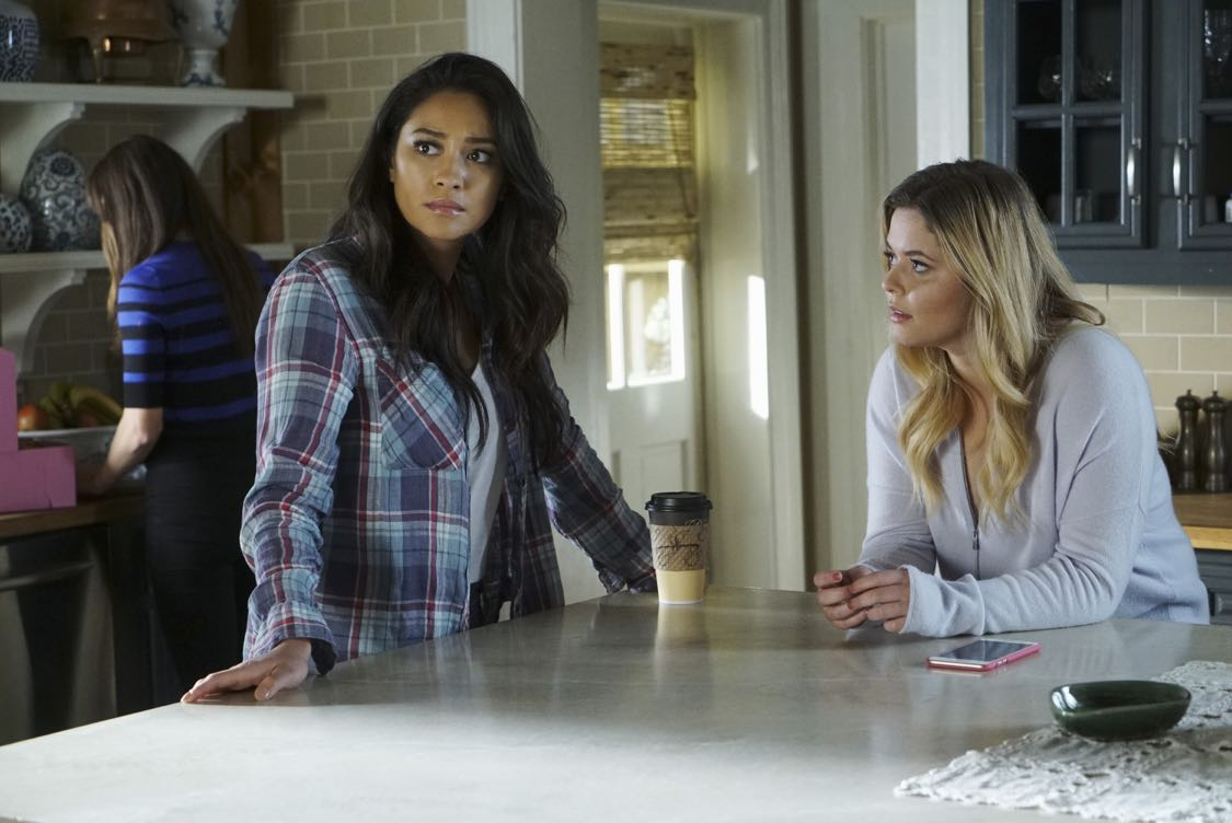 "PRETTY LITTLE LIARS - ""The Darkest Knight"" - The PLLs confront old foes head-on and mayhem ensues in ""The Darkest Knight,"" the summer finale of the hit original series ""Pretty Little Liars,"" airing TUESDAY, AUGUST 30 (8:00-9:00 p.m. EDT). Fans can catch up on all of the drama with an all-day marathon of season seven starting at 11:00 a.m. EDT and running up to the one-hour summer finale at 8:00 p.m. EDT. (Freeform/Ron Tom) SHAY MITCHELL, SASHA PIETERSE"