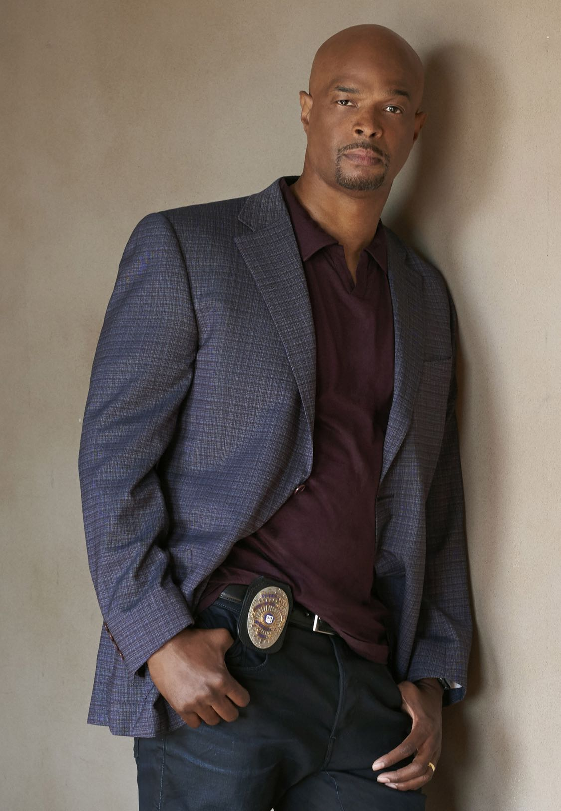 LETHAL WEAPON: Damon Wayans Sr. on LETHAL WEAPON premiering Wednesday, Sept. 21 (8:00-9:00 PM ET/PT) on FOX. ©2016 Fox Broadcasting Co. CR: Brian Bowen Smith/FOX