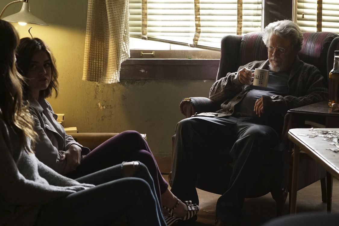 """PRETTY LITTLE LIARS - """"Exes and OMGs"""" - Emily's ex Paige unexpectedly returns to Rosewood, as does the ominous Mrs. Grunwald, in """"Exes and OMGs,"""" an all-new episode of Freeform's hit original series """"Pretty Little Liars,"""" airing TUESDAY, AUGUST 16 (8:00 - 9:00 p.m. EDT), the new name for ABC Family. (Freeform/Byron Cohen) LUCY HALE, KEITH SZARABAJKA"""
