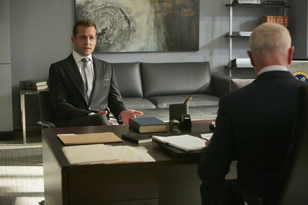"""SUITS -- """"Spain"""" Episode 606 -- Pictured: Gabriel Macht as Harvey Specter -- (Photo by: Ian Watson/USA Network)"""