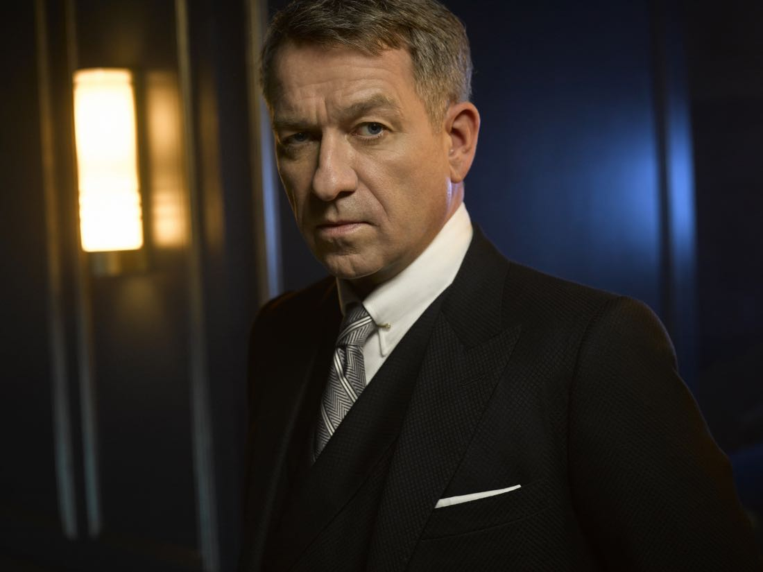 GOTHAM: Sean Pertwee. Season 3 of GOTHAM premieres Monday, Sept. 19 (8:00-9:00 PM ET/PT) on FOX. ©2016 Fox Broadcasting Co. Cr: Mark Seliger/FOX