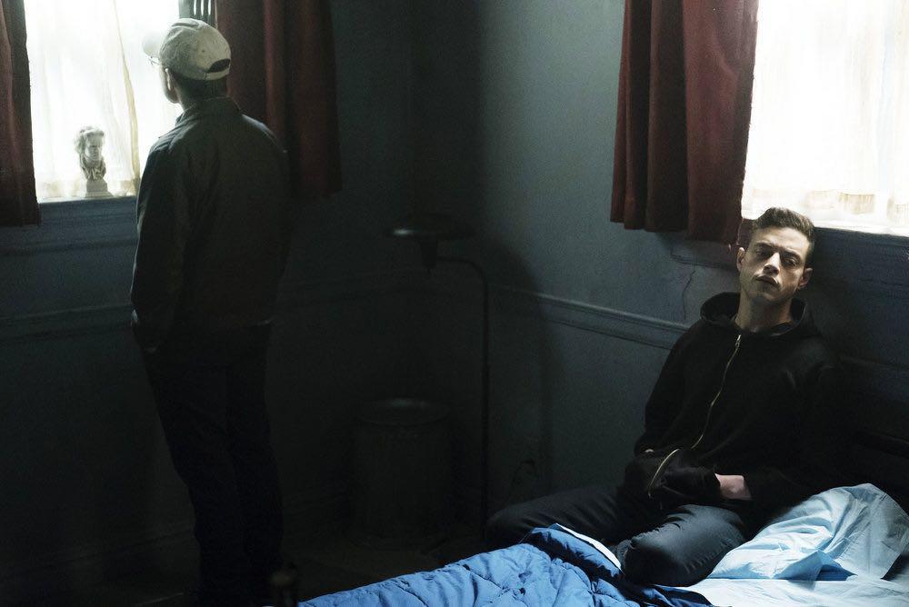 "MR. ROBOT -- ""eps2.3_logic%u2010b0mb.hc"" Episode 205 -- Pictured: Rami Malek as Elliot Alderson -- (Photo by: Peter Kramer/USA Network)"