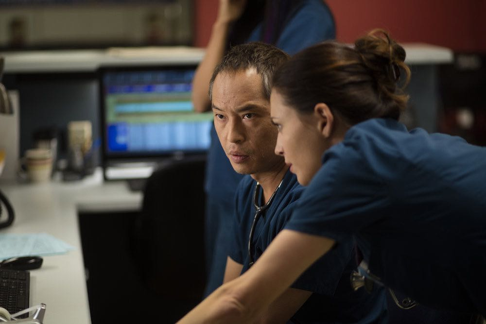 "THE NIGHT SHIFT-- ""Trust Issues"" Episode 311 -- Pictured: (l-r) Ken Leung as Dr. Topher Zia, Jill Flint as Dr. Jordan Alexander -- (Photo by: Cathy Kanavy/NBC)"