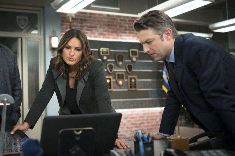 LAW ORDER SVU Season 18 Episode 3 Photos Imposter 09