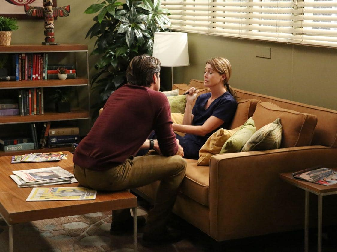"GREY'S ANATOMY - ""Falling Slowly"" - Alex tries to do the right thing but still cant catch a break. Jackson and April adjust to their ""new normal"" with the baby. While Meredith and Nathan establish what's going on between them, Amelia questions the state of her relationship with Owen, on ""Grey's Anatomy,"" THURSDAY, OCTOBER 13 (8:00-9:00 p.m. EDT), on the ABC Television Network. (ABC/Mitch Haaseth) MARTIN HENDERSON, ELLEN POMPEO"