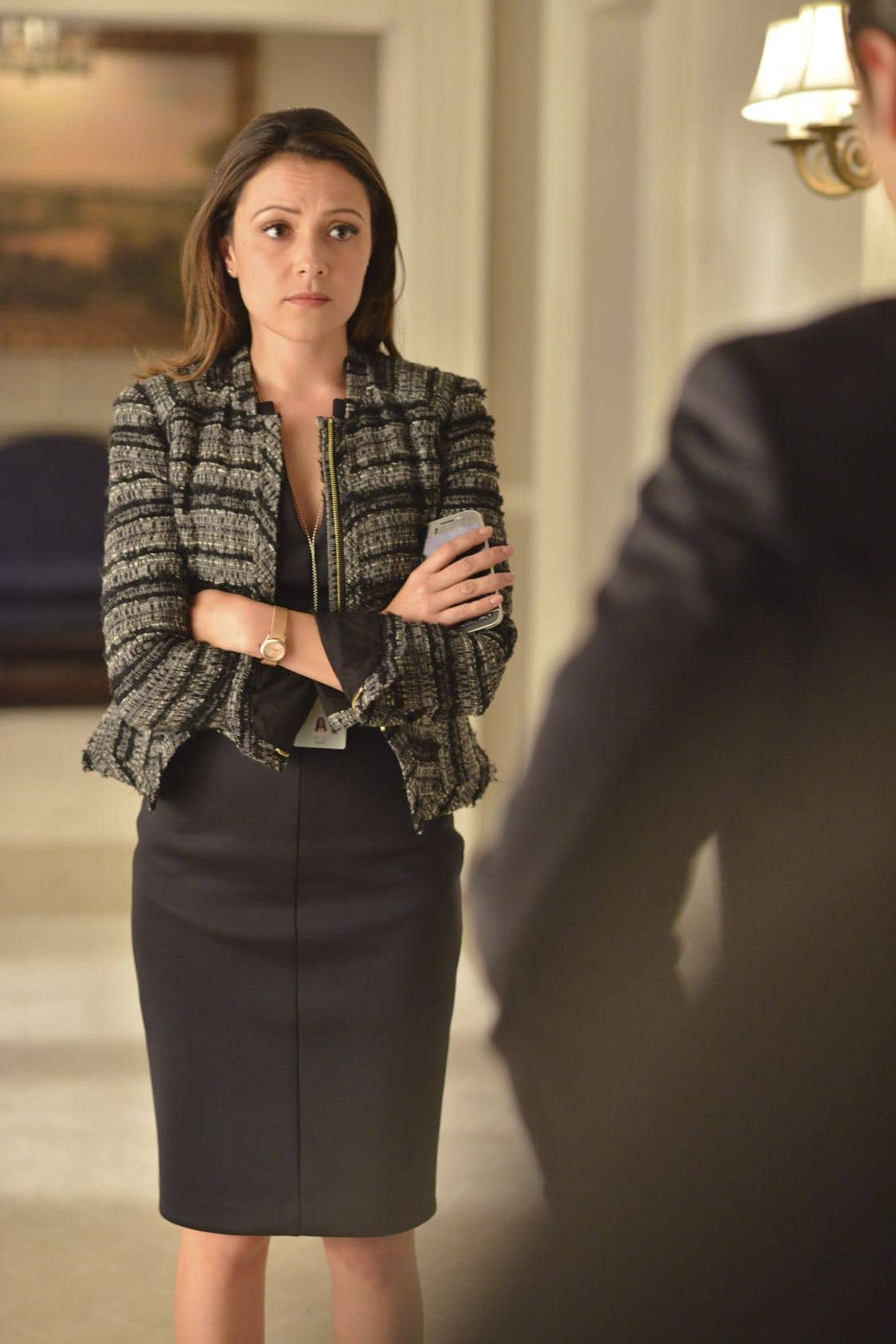"""DESIGNATED SURVIVOR - """"The Confession"""" – President Kirkman and his staff work to keep a high-level security breach of the White House a secret just as he's about to give his first television interview. Meanwhile, the FBI continues to investigate the Capitol bombing, and Agent Hannah Wells starts to develop her own theories about who was really behind the attack, on ABC's """"Designated Survivor,"""" WEDNESDAY, OCTOBER 5 (10:00—11:00 p.m. EDT). (ABC/Sven Frenzel) ITALIA RICCI"""