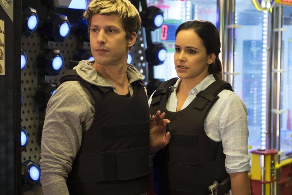 "BROOKLYN NINE-NINE: L-R: Amy Santiago and Andy Samberg in the ""Coral Palms Pt.3"" episode of BROOKLYN NINE-NINE airing Tuesday, Oct. 4 (8:00-8:30 PM ET/PT) on FOX. CR: John P Fleenor/FOX"