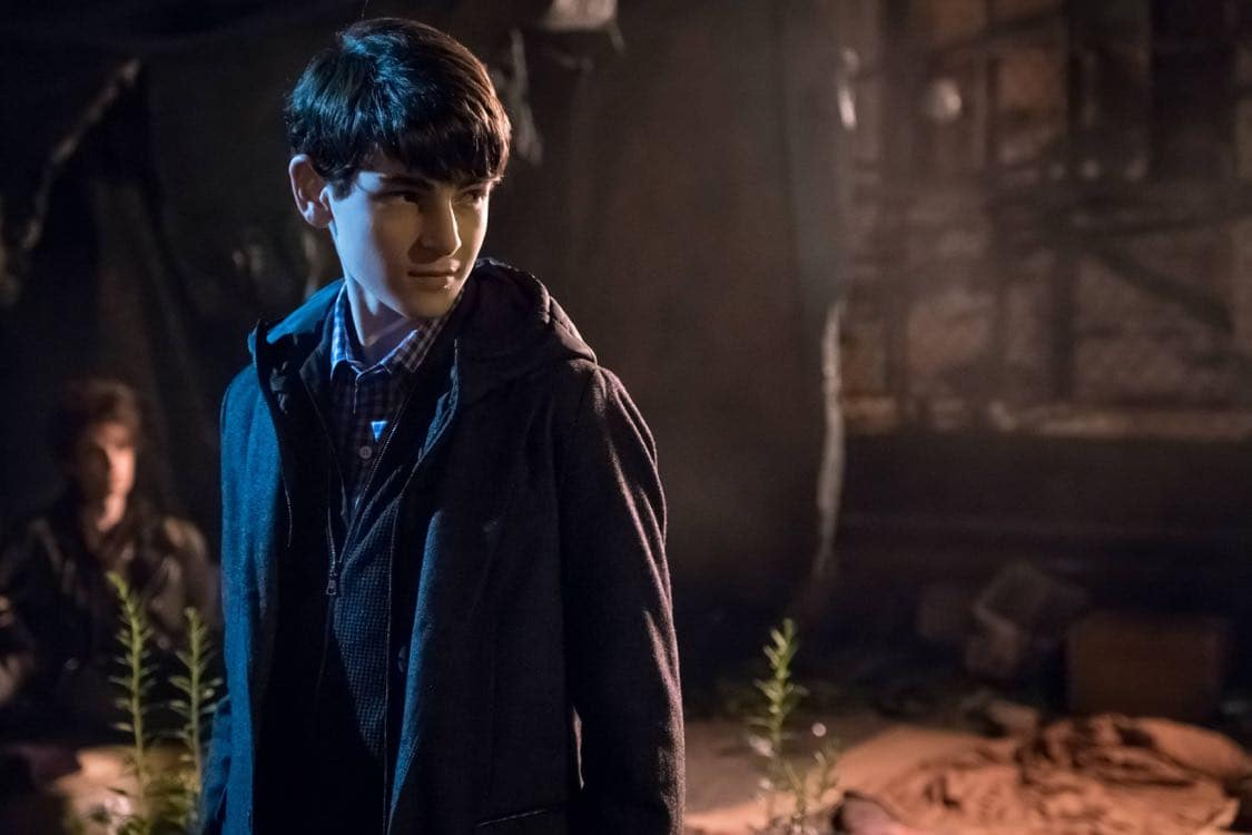 """GOTHAM: David Mazouz in the""""Mad City: Look Into My Eyes"""" episode of GOTHAM airing Monday, Oct. 3 (8:00-9:01 PM ET/PT) on FOX.  ©2016 Fox Broadcasting Co. Cr: Jeff Neumann/FOX."""