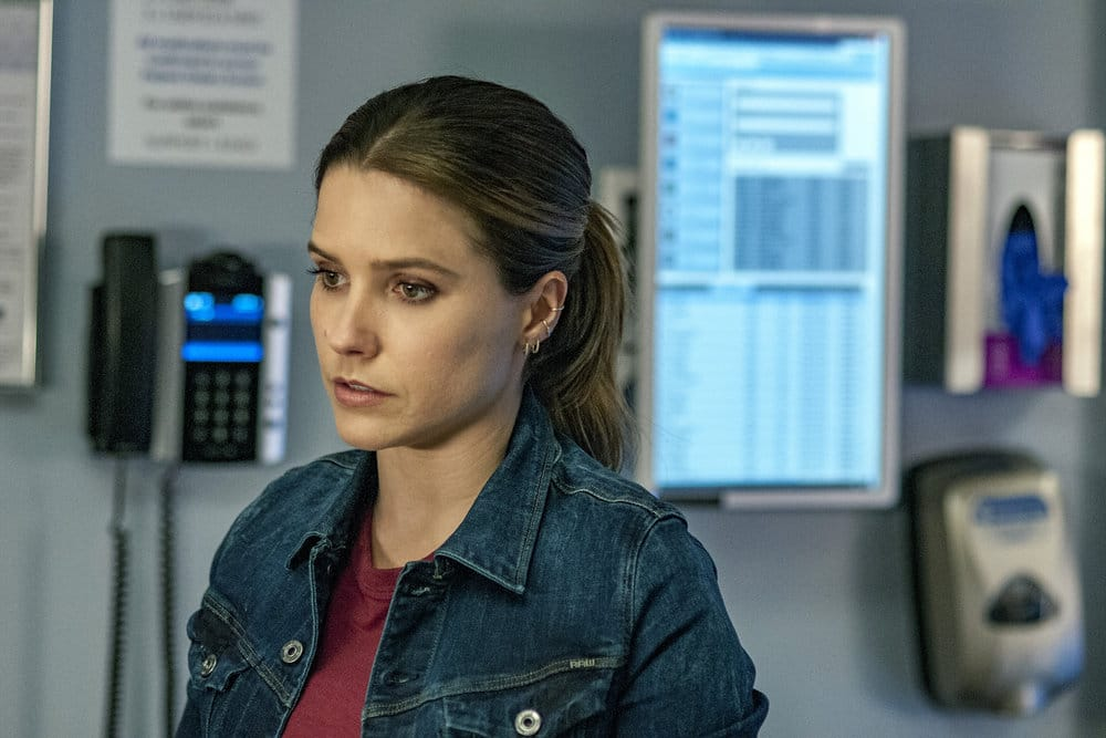 """CHICAGO P.D. -- """"All Cylinders Firing"""" Episode 403 -- Pictured: Sophia Bush as Erin Lindsay -- (Photo by: Matt Dinerstein/NBC)"""
