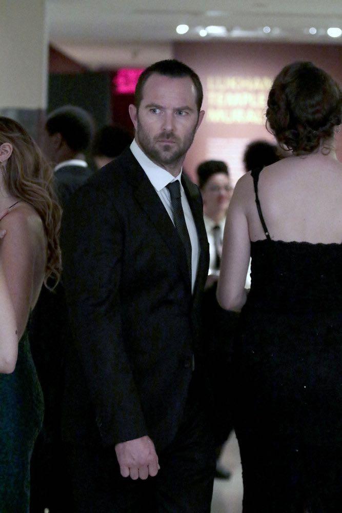 "BLINDSPOT -- ""If Beth"" Episode 204 -- Pictured: Sullivan Stapleton as Kurt Weller -- (Photo by: Giovanni Ruffino/NBC)"