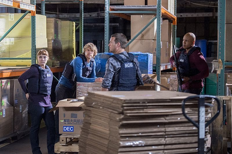 """""""Black Market"""" -- Pictured: Renée Felice Smith (Intelligence Analyst Nell Jones), Eric Christian Olsen (LAPD Liaison Marty Deeks), Chris O'Donnell (Special Agent G. Callen) and LL COOL J (Special Agent Sam Hanna). After a Homeland Security agent is poisoned by a notorious Triad assassin, NCIS uncovers a warehouse of counterfeit purses and a money trail to stolen government funds. Also, Nell joins the team in the field, on NCIS: LOS ANGELES, Sunday, Oct. 16 (8:00-9:00 PM, ET/PT), on the CBS Television Network. Photo: Neil Jacobs/CBS ©2016 CBS Broadcasting, Inc. All Rights Reserved."""