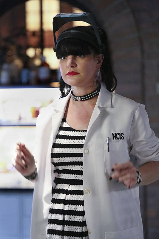 """""""Being Bad"""" -- NCIS uncovers a bomb plot and a long-running theft ring while investigating a death at a Quantico reunion. Also Torres and Quinn adjust to life on Gibbs' team, including new seating arrangements in the squad room, on NCIS, Tuesday, Sept. 27 (8:00-9:00, ET/PT), on the CBS Television Network. Pictured: Pauley Perrette. Photo: Patrick McElhenney/CBS ©2016 CBS Broadcasting, Inc. All Rights Reserved"""