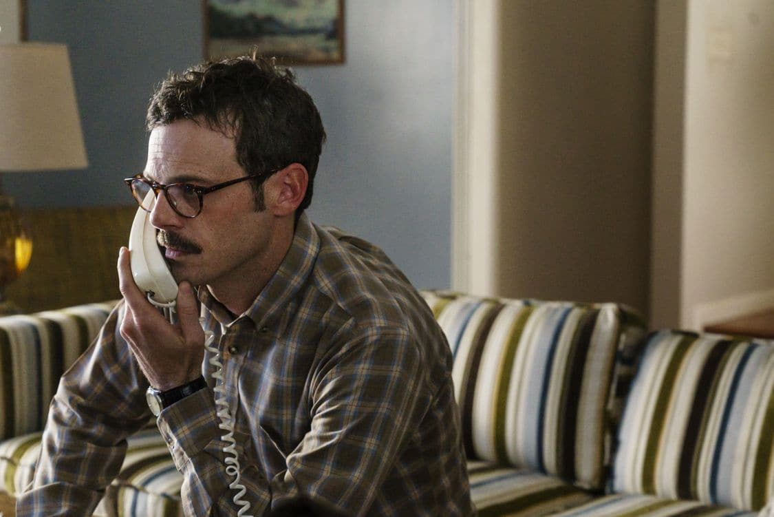 Scoot McNairy as Gordon Clark - Halt and Catch Fire _ Season 3, Episode 7  - Photo Credit: Tina Rowden/AMC