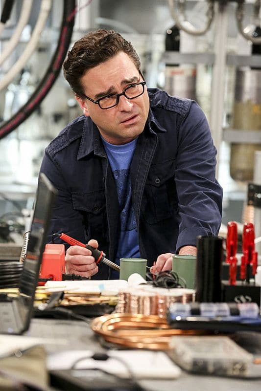"""The Dependence Transcendence"" -- Pictured: Leonard Hofstadter (Johnny Galecki). Tensions rise when the boys struggle to complete their government project on time and Sheldon tries an energy drink to stay awake. Also, Penny and Amy go to a ""party"" at Bert (Brian Posehn) the geologist's house and Kooothrappali learns Bernadette's true feelings about her pregnancy when they clean out the future baby room, on THE BIG BANG THEORY, Monday, Oct. 3 (8:00-8:31 PM, ET/PT), on the CBS Television Network. Dean Norris returns as Air Force Representative Colonel Williams. Photo: Michael Yarish/Warner Bros. Entertainment Inc. © 2016 WBEI. All rights reserved."
