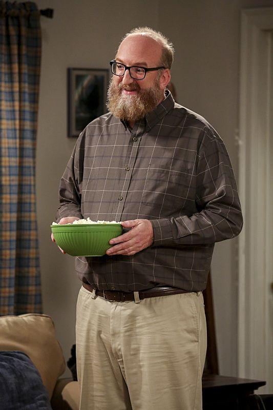 """The Dependence Transcendence"" -- Pictured: Bert (Brian Posehn). Tensions rise when the boys struggle to complete their government project on time and Sheldon tries an energy drink to stay awake. Also, Penny and Amy go to a ""party"" at Bert (Brian Posehn) the geologist's house and Kooothrappali learns Bernadette's true feelings about her pregnancy when they clean out the future baby room, on THE BIG BANG THEORY, Monday, Oct. 3 (8:00-8:31 PM, ET/PT), on the CBS Television Network. Dean Norris returns as Air Force Representative Colonel Williams. Photo: Michael Yarish/Warner Bros. Entertainment Inc. © 2016 WBEI. All rights reserved."
