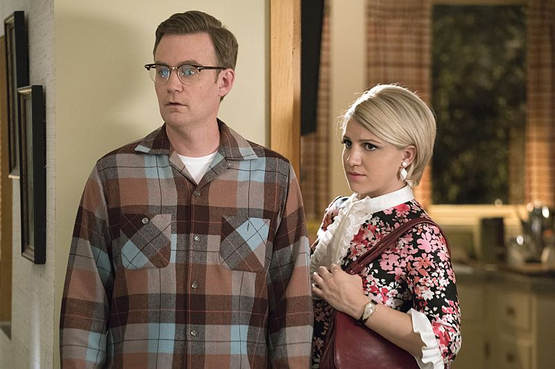 Kevin Christy as Lester and Annaleigh Ashford as Betty in Masters of Sex (season 4, episode 4) - Photo: Warren Feldman/SHOWTIME - Photo ID: MastersofSex_404_0144