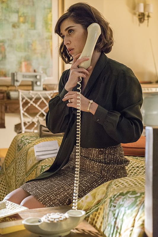 Lizzy Caplan as Virginia Johnson in Masters of Sex (season 4, episode 4) - Photo: Warren Feldman/SHOWTIME - Photo ID: MastersofSex_404_0463