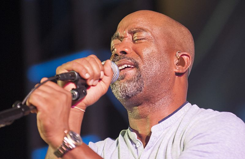 Country music singer Darius Rucker entertains the crowd at the seventh annual Sunset on the Beach event, where thousands of Oahu residents and visitors gathered in Waikiki to watch the season seven premiere of Hawaii Five-0, titled Makaukau 'oe e pa 'ani, on Friday, Sept. 23, 2016, in Honolulu. Photo: Norman Shapiro/CBS © 2016 CBS Broadcasting, Inc. All Rights Reserved