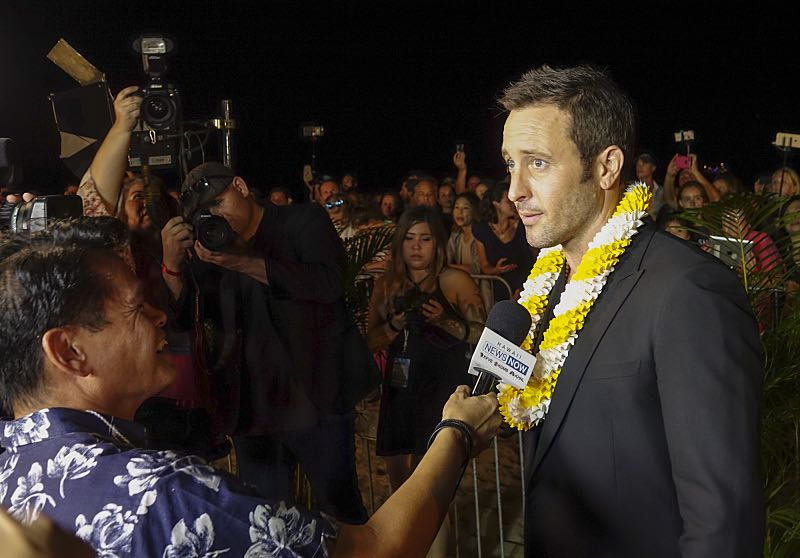 Alex O'Loughlin is interviewed on the red carpet at the seventh annual Sunset on the Beach event, where thousands of Oahu residents and visitors gathered in Waikiki to watch the season seven premiere of Hawaii Five-0, titled Makaukau 'oe e pa 'ani, on Friday, Sept. 23, 2016, in Honolulu. Photo: Hugh Gentry/CBS © 2016 CBS Broadcasting, Inc. All Rights Reserved
