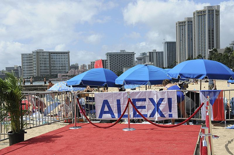 A banner calls out for Alex O'Laughlin on Waikiki Beach for the seventh season Sunset on the Beach event, where thousands of Oahu residents and visitors gathered in Waikiki to watch the season seven premiere of Hawaii Five-0, titled Makaukau 'oe e pa 'ani, on Friday, Sept. 23, 2016, in Honolulu. Photo: Norman Shapiro/CBS © 2016 CBS Broadcasting, Inc. All Rights Reserved