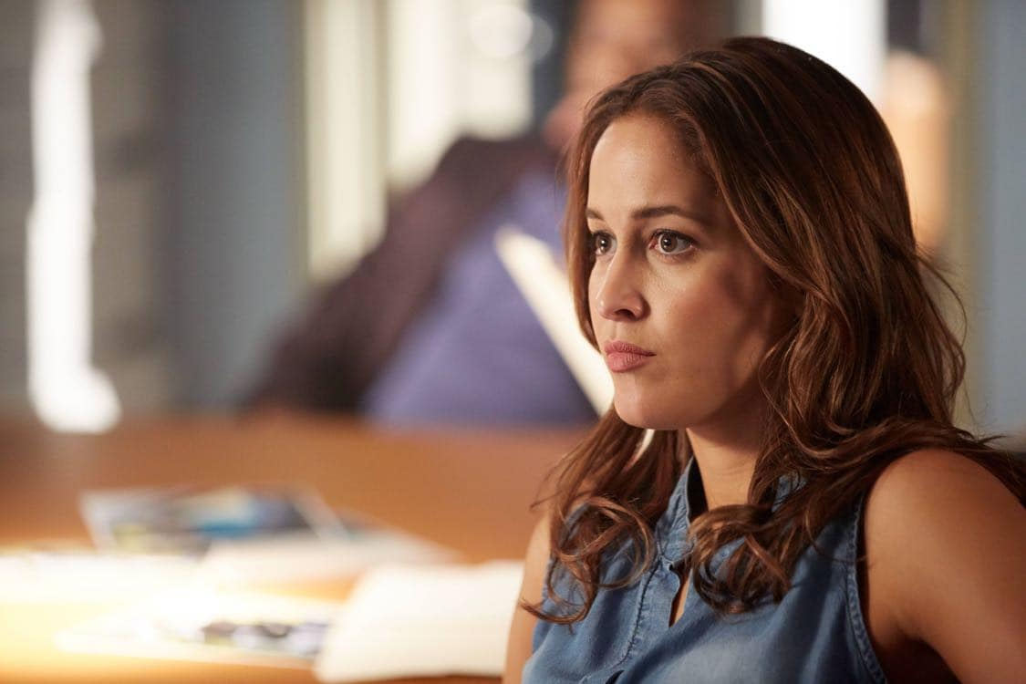 "ROSEWOOD: Jaina Lee Ortizi in the ""Secrets and Silent Killers"" episode of ROSEWOOD airing Thursday, Sept. 29 (8:-00-8:50 PM ET/PT) on FOX. ©2016 Fox Broadcasting Co. CR: Tyler Golden/FOX"
