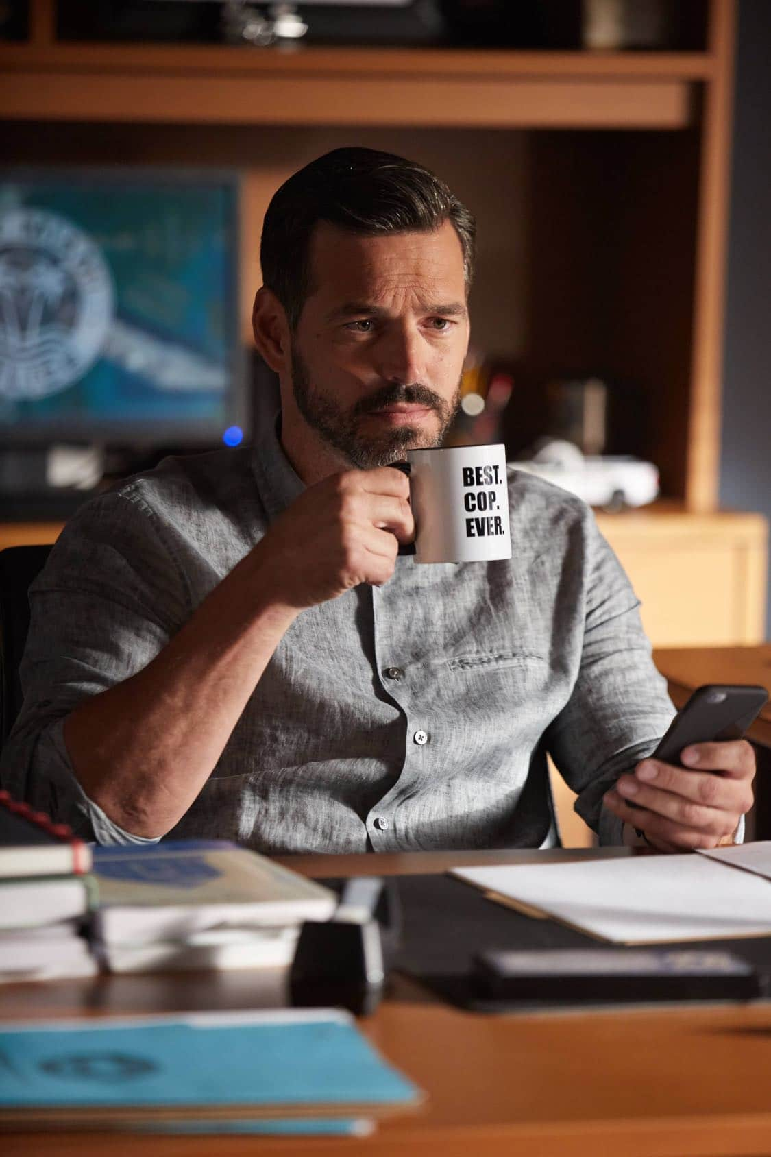 "ROSEWOOD: Eddie Cibria in the ""Secrets and Silent Killers"" episode of ROSEWOOD airing Thursday, Sept. 29 (8:-00-8:50 PM ET/PT) on FOX. ©2016 Fox Broadcasting Co. CR: Tyler Golden/FOX"