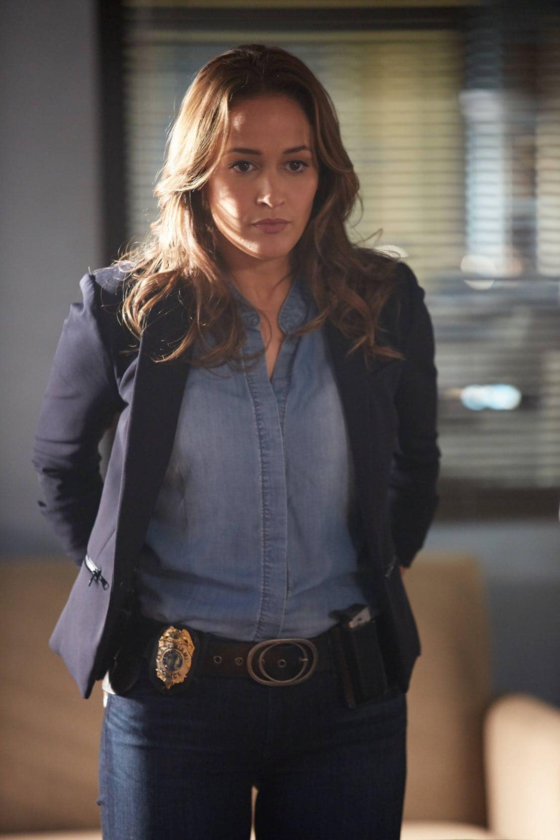 "ROSEWOOD: Jaina Lee Ortiz in the ""Secrets and Silent Killers"" episode of ROSEWOOD airing Thursday, Sept. 29 (8:-00-8:50 PM ET/PT) on FOX. ©2016 Fox Broadcasting Co. CR: Tyler Golden/FOX"