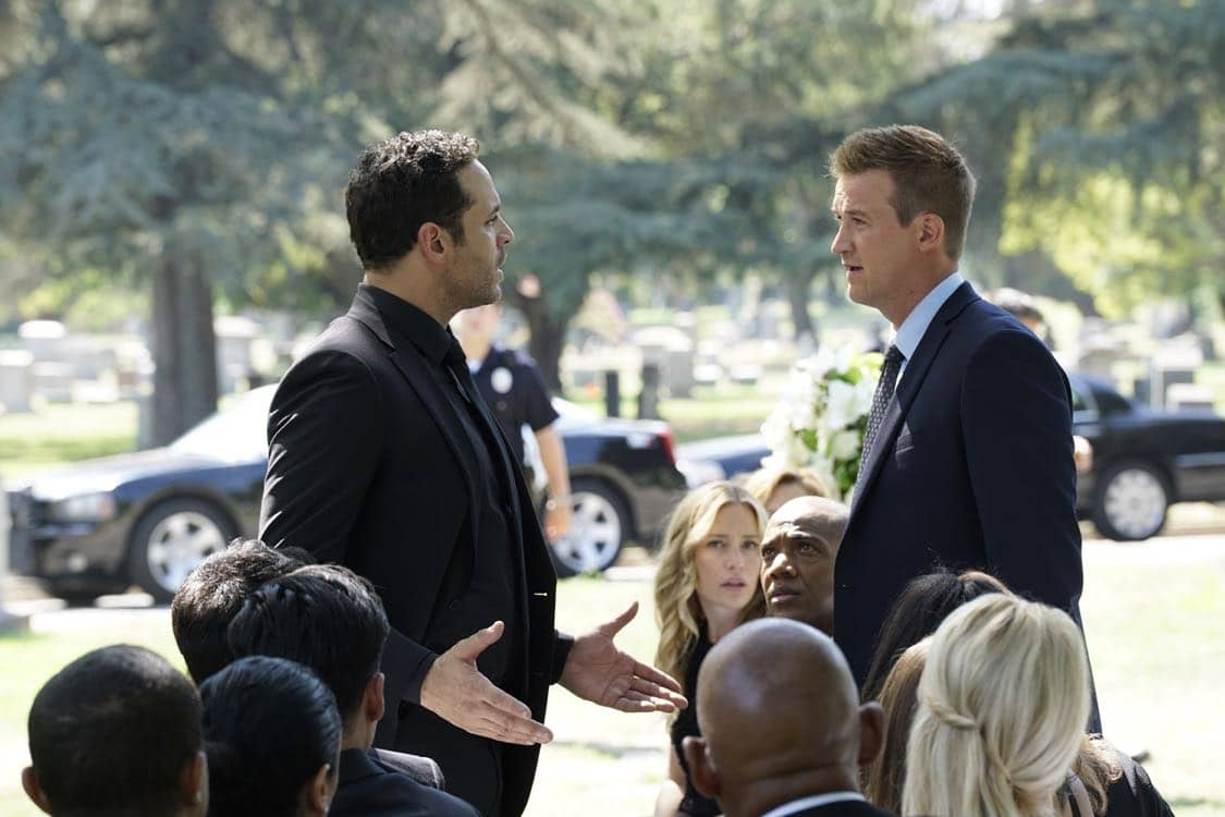 """NOTORIOUS - """"The Perp Walk"""" - As Sarah's funeral approaches, Jake's feelings may be clouding his ability to defend and protect an out-of-control Oscar from the press. Julia wants to locate Sarah's brother and only living family, to give Sarah a voice as well as to get an exclusive scoop on an alleged family argument. Also, Jake takes on a baby kidnapping and the mother's appearance on LHL uncovers an unexpected lead. Meanwhile, Sean """"Diddy"""" Combs drops by LHL to see his friend Louise Herrick, on """"Notorious,"""" airing THURSDAY, SEPTEMBER 29 (9:00-10:00 p.m. EDT), on the ABC Television Network. (ABC/Kelsey McNeal) DANIEL SUNJATA, KENNETH MITCHELL"""
