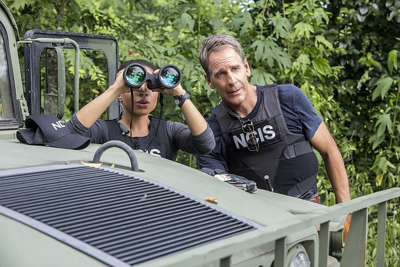 """""""Man on Fire"""" -- After a decorated petty officer is found dead inside a sports arena, evidence leads Pride and the NCIS team to a kidnapping case of a petty officer who was last seen in Mexico, on NCIS: NEW ORLEANS, Tuesday, Oct. 11 (10:00-11:00 PM, ET/PT), on the CBS Television Network. Pictured L-R: Shalita Grant as Sonja Percy and Scott Bakula as Special Agent Dwayne Pride Photo: Skip Bolen/CBS ©2016 CBS Broadcasting, Inc. All Rights Reserved"""