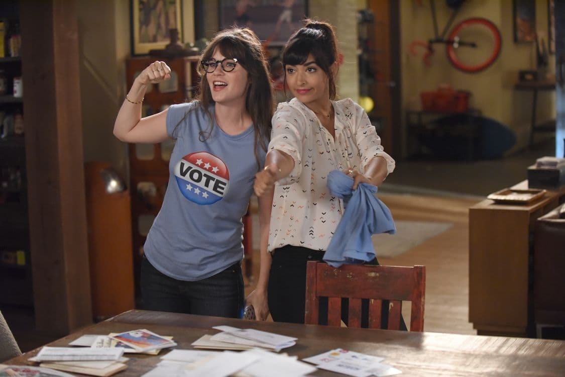 """NEW GIRL:  L-R:  Zooey Deschanel and Hannah Simone    in the """"Hubbedy Bubby"""" episode of NEW GIRL airing Tuesday, Sept. 27 (8:30-9:00 PM ET/PT) on FOX.  ©2016 Fox Broadcasting Co.  Cr:  Ray Mickshaw/FOX"""