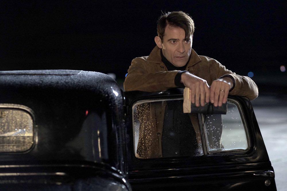 """TIMELESS -- """"Pilot"""" -- Pictured: Goran Visnjic as Garcia Flynn -- (Photo by: Joe Lederer/NBC)"""
