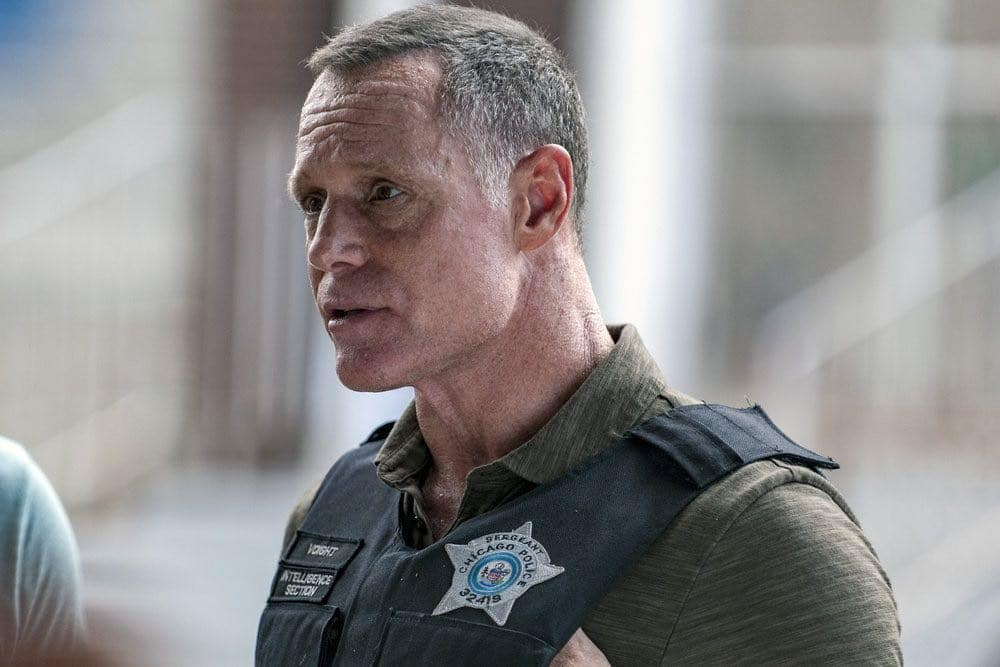 "CHICAGO P.D. -- ""Made a Wrong Turn"" Episode 402 -- Pictured: Jason Beghe as Hank Voight -- (Photo by: Matt Dinerstein/NBC)"