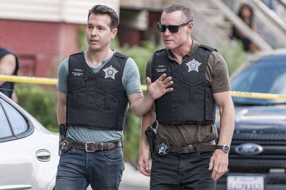 "CHICAGO P.D. -- ""Made a Wrong Turn"" Episode 402 -- Pictured: (l-r) Jon Seda as Antonio Dawson, Jason Beghe as Hank Voight -- (Photo by: Matt Dinerstein/NBC)"