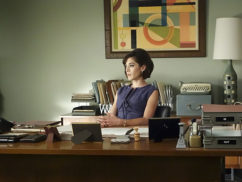 Lizzy Caplan as Virginia Johnson in Masters of Sex (season 4, episode 3) - Photo: Warren Feldman/SHOWTIME - Photo ID: MastersofSex_403_0399