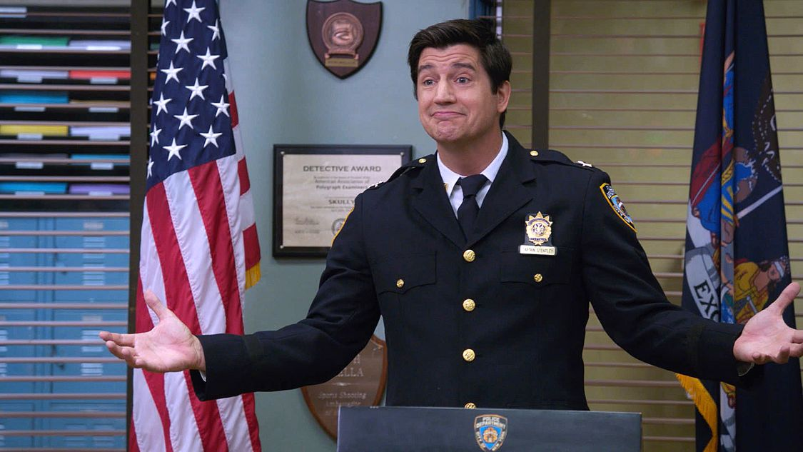 "BROOKLYN NINE-NINE: Guest star Ken Marino in the ""Coral Palms Pt. 2"" episode of BROOKLYN NINE-NINE airing Tuesday, Sept. 27 (8:00-8:31 PM ET/PT) on FOX. ©2016 Fox Broadcasting Co. CR: FOX"