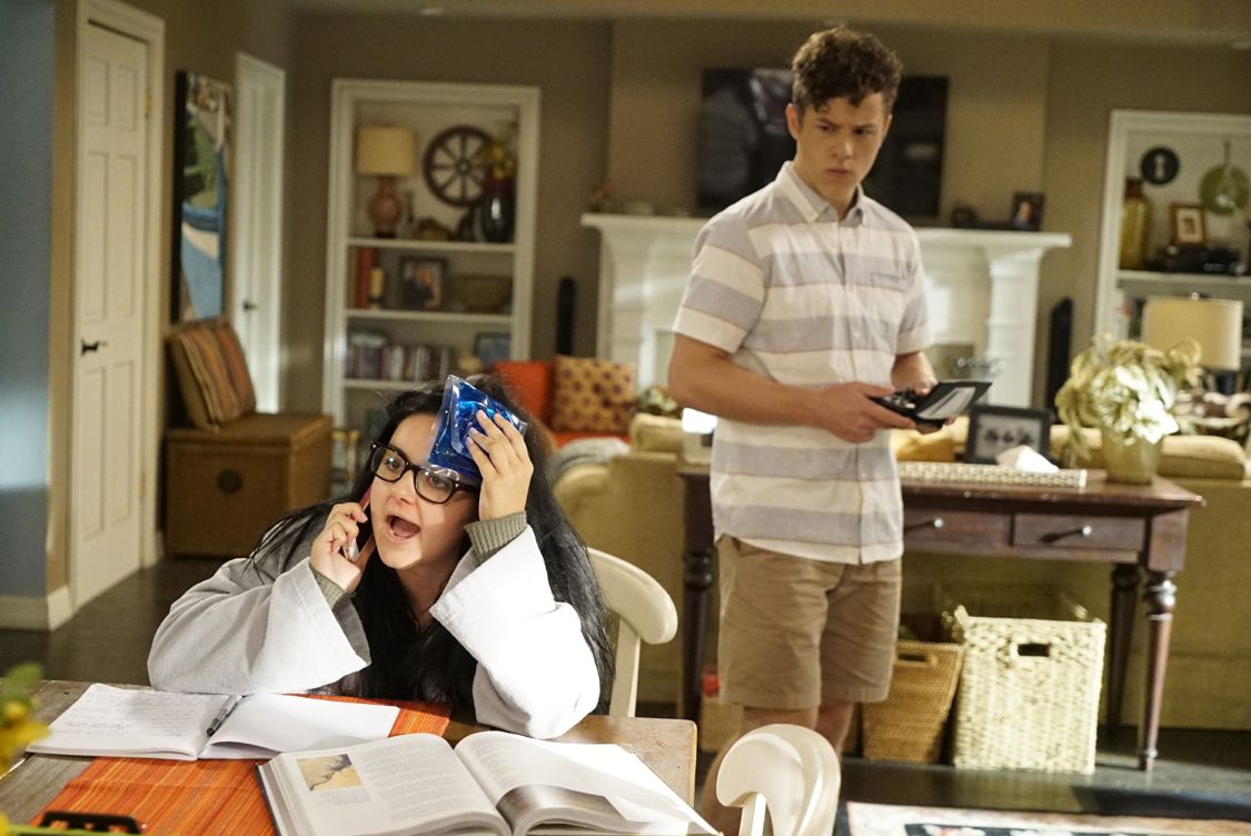 """MODERN FAMILY - """"A Stereotypical Day"""" - Jay does not want to give the new family moving in across the street the wrong impression and goes out of his way to make sure they know he is the best kind of neighbor, while Manny decides that the best way to an attractive and radical-thinking teenage girl's heart is through his actions. Meanwhile, at the Pritchett house, the entire family is using Alex's recent bout of mono to their advantage. Finally, Cam and Mitchell have always felt they were the most open, non-judgmental and supportive parents. However, when they overhear Lily insulting her new friend, they have to take a quick look in the mirror before they teach her a lesson about acceptance, on """"Modern Family,"""" WEDNESDAY, SEPTEMBER 28 (9:00-9:31 p.m. EDT), on the ABC Television Network. (ABC/Jennifer Clasen) ARIEL WINTER, NOLAN GOULD"""
