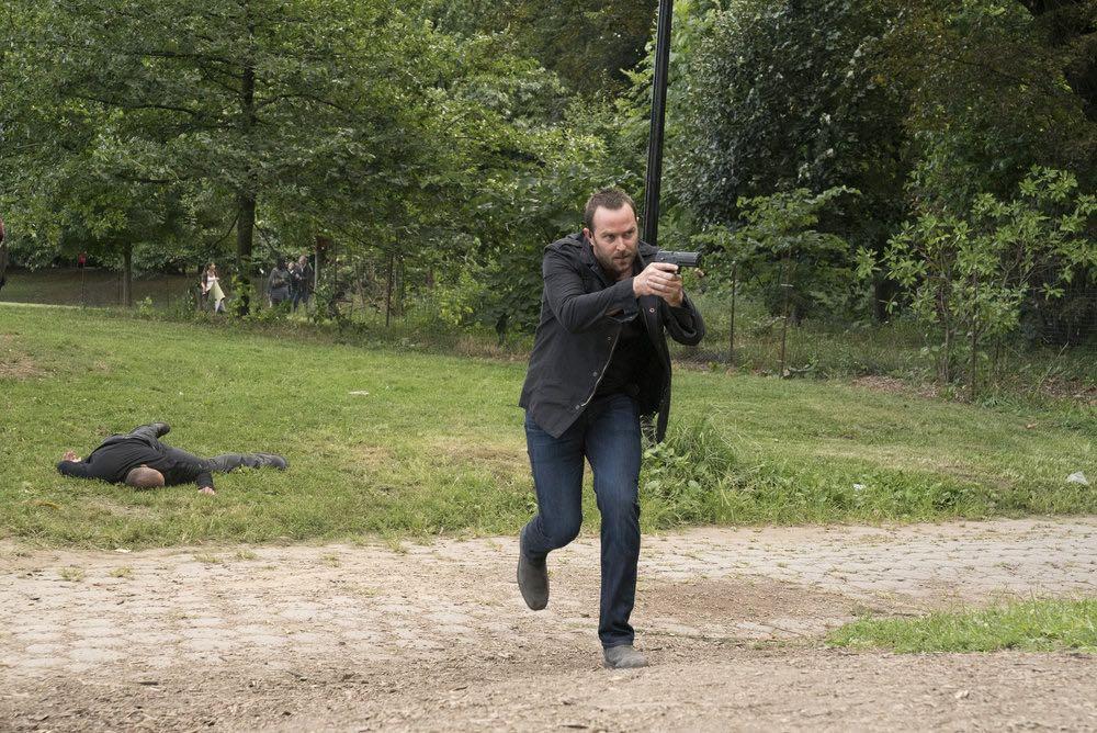 BLINDSPOT -- Episode 203 -- Pictured: Sullivan Stapleton as Kurt Weller -- (Photo by: Virginia Sherwood/NBC)
